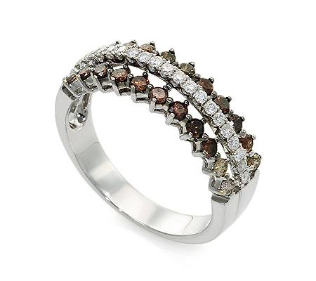 Фото«UV-20285878» Кольцо с бриллиантом