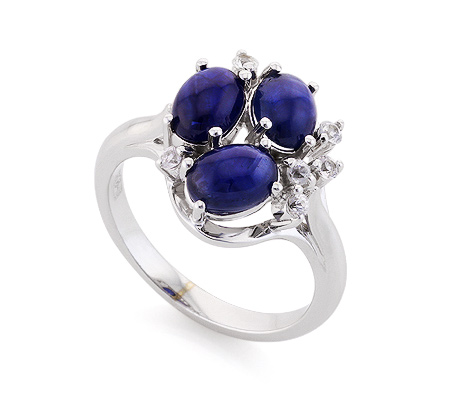 Фото«VL-6749»Перстень с сапфирами кабошон и топазами белое золото