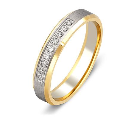 Фото«ZG-30023»Обручальное кольцо из золота с 9 бриллиантами